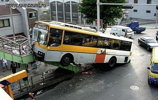 Autobuzul pe scari